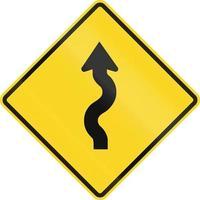 serie di curve prima a sinistra in Canada.