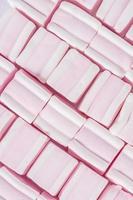 morbida consistenza marshmallow di colore rosa foto