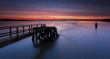 tramonto sul porto poole al molo hamworthy foto