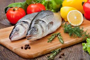 pesce branzino foto