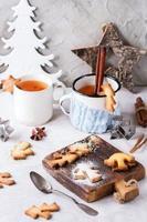 biscotti di pasta frolla natalizia per tazze
