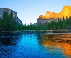 Yosemite Merced River El Capitan e mezza cupola