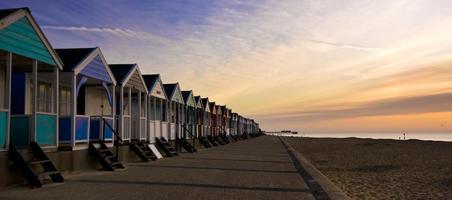 capanne sulla spiaggia inglese foto