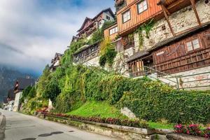 vista della principale via pedonale di hallstatt