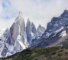 cerro torre nel parco nazionale los glaciares, patagonia, argentina