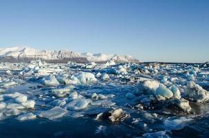 jokulsarlon, laguna glaciale nel parco nazionale di vatnajokull, islanda foto