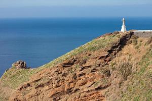 la statua del cristo re sull'isola di madeira, portogallo