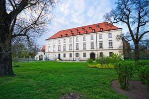 vecchio edificio a Wroclaw vicino all'isola di Tum