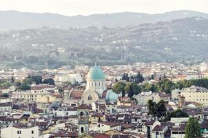 vista panoramica di firenze con sinagoga