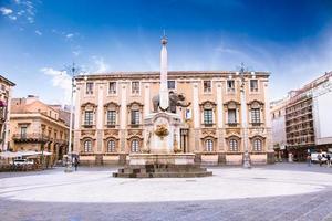fontana dell'elefante e piazza del duomo, catania, sicilia
