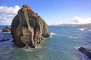 al largo della costa. isola di san miguel, azzorre