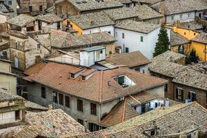 vista su un villaggio in Toscana, Italia