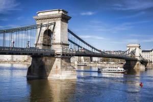 famoso ponte delle catene a budapest, ungheria