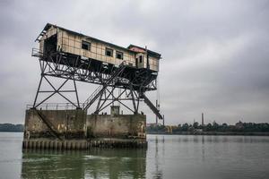 molo abbandonato