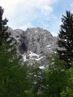 paesaggio di montagna nel parco nazionale del triglav