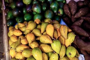 raccolta di frutta fresca foto