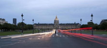 les invalides (residenza nazionale degli invalidi) di notte