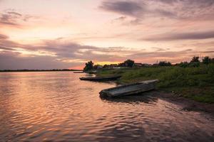 delta del volga, tramonto, russia foto