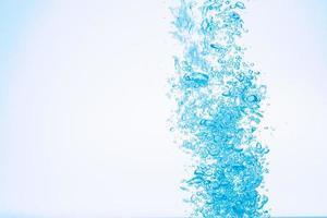 bolle nell'acqua foto