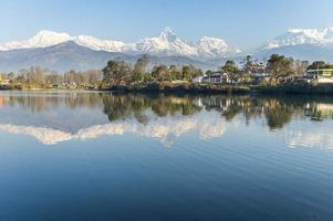 lago phewa a pokhara, nepal, foto