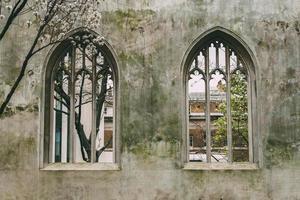 Londra, Inghilterra, 2020 - Saint Dunstan nell'East Church Garden foto