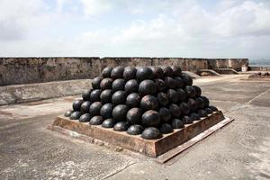 piramide palla di cannone.