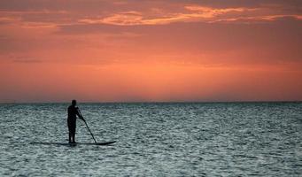paddle boarding foto
