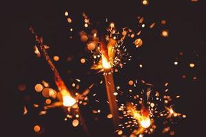 fuochi d'artificio nel buio