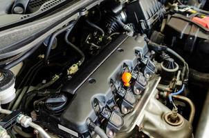 primo piano di un motore di automobile