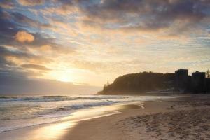 spiaggia australiana all'alba