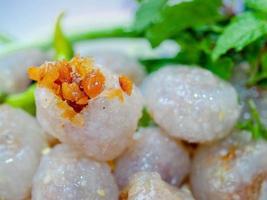 dessert tailandese cibo di strada chiamato saku sai moo