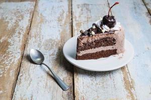 fetta di torta al cioccolato foto