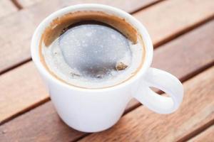 tazza di caffè espresso caldo foto