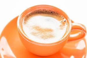 primo piano di una tazza di caffè espresso foto