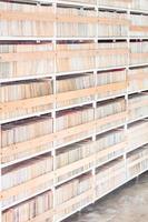 scaffali di dischi foto