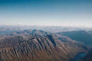 veduta aerea delle montagne