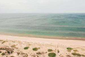 paesaggio da sogno in riva al mare