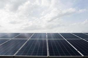centrale elettrica della fattoria delle celle solari