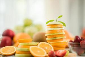 frutta fresca varia