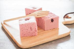 cubetti di torta rosa