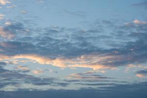 cielo al tramonto foto