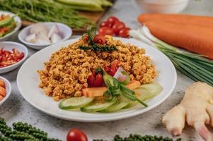pollo e verdure croccanti foto