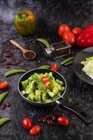 cetrioli con pomodori
