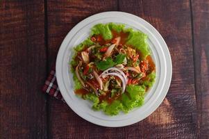 insalata piccante di sarde in salsa di pomodoro