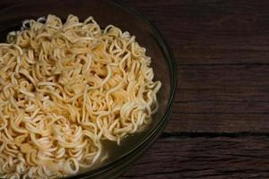 ciotola di noodles foto