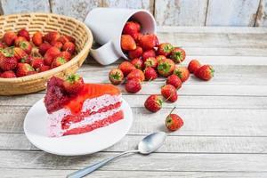 torta di fragole fresche foto