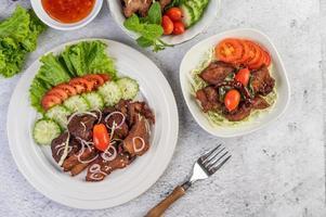 insalata di maiale fritto