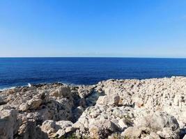 rocce e acqua foto