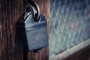 serratura su un armadietto