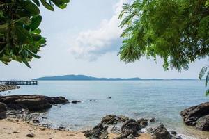 il mare al parco nazionale di khao laemya foto